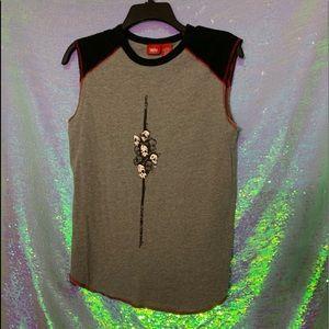 Mossimo Sleeveless T-shirt w/ Skulls Sz L (10-12)
